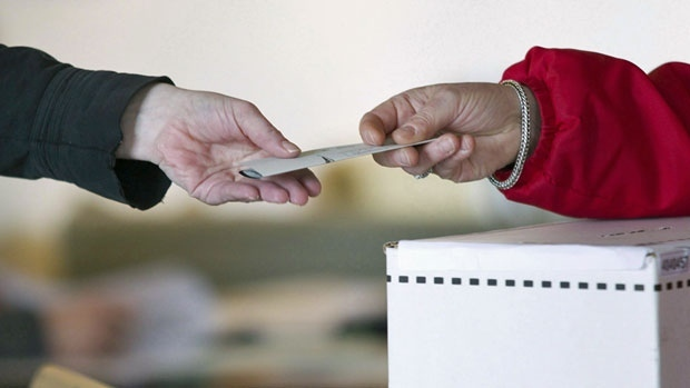 An Ontario Court of Appeal judge on Monday denied the federal Attorney General's request for a stay on a lower court ruling. That earlier ruling had overturned an amendment to the Canada Elections Act only allowing expats to vote in Canadian elections if they had lived out of the country for less than five years. (Chris Young/Canadian Press)
