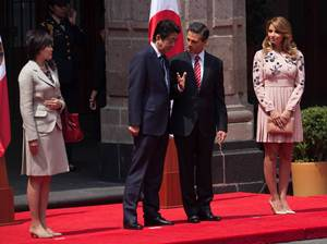 Enrique Peña Nieto, his wife Angélica Rivera Prime Minister of Japan, Shinzo Abe and his wife Akie Abe