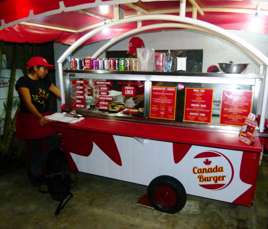 Canada Burger (Photo: Jesus Herrera)