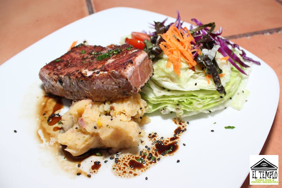 Tuna Steak (Photo: El Templo Bar)