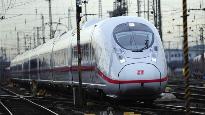 The Mexico City-Queretaro train will cover a 130-mile route at a speed of 186 mph. (EFE)