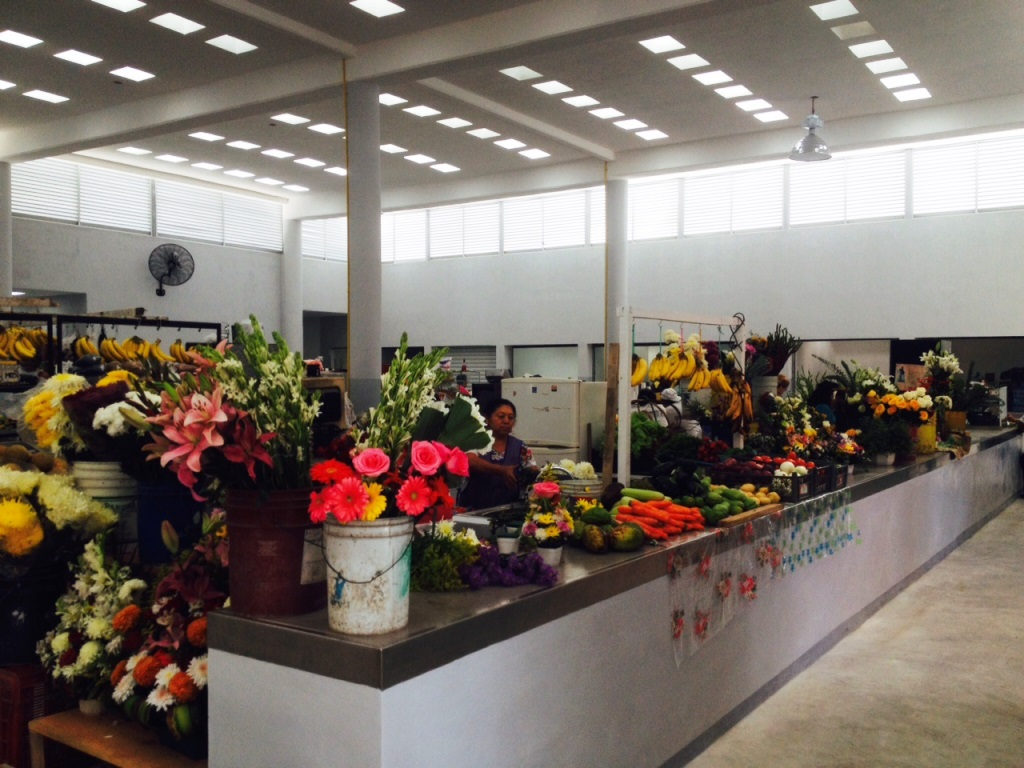 Flower vendors (Credit Stewart Mandy)
