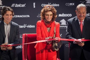 Sophia Loren at Soumaya Museum in Mexico City (Photo: universal.com.mx)