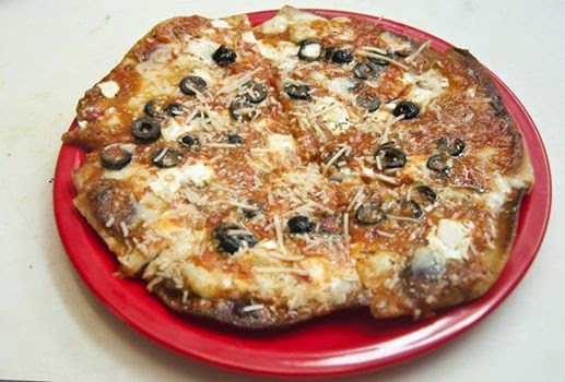 Piccolo's: Neapolitan Style Pan Fried Pizza - The Yucatan Times