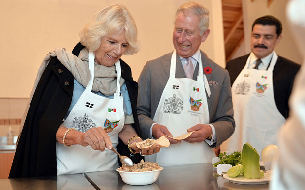 The Prince of Wales and The Duchess of Cornwall make pasties during a visit to the Pasty Museum in Real del Monte (Photo: PA Wire)
