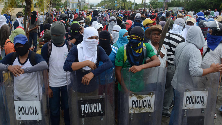 Protests over students-hurt Acapulco (Photo: Bernardino Hernandez / Associated Press)
