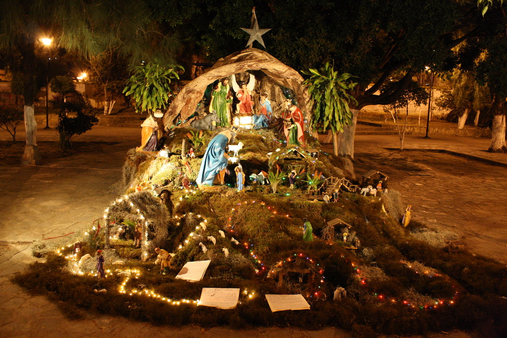 Does Mexico Celebrate Christmas.Christmastime In Mexico Is Full Of Traditions The Yucatan