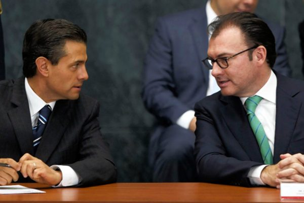 Luis Videgaray, right, with President Enrique Peña Nieto. PHOTO: PRESIDENCY/ZUMA PRESS