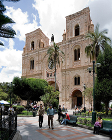 Cuenca Main Plaza (Photo: International Living)