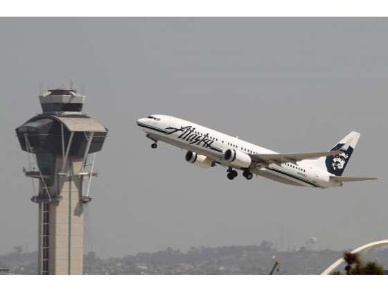 Alaska Airlines, seen here at Los Angeles International Airport, wants to expand its routes to Mexico via John Wayne Airport. The airline already flies to Mexico from LAX and other airports in the region. (Photo: OC Register)