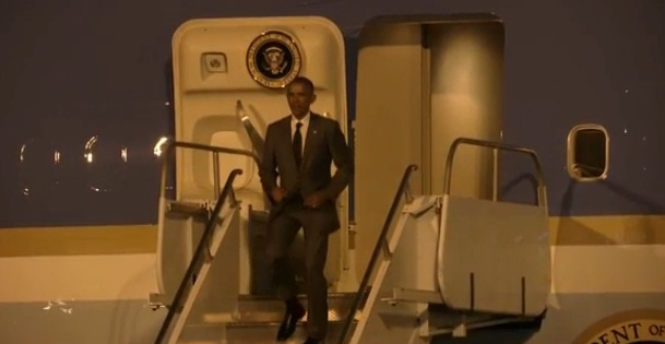 US President Barak Obama arriving in Panama for Panamerican Summit (Photo: Reuters)