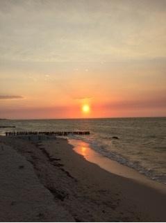 Sunset in Chelem (Photo: Jonathan Chim)