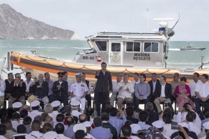 "During the event, the Ministry of Navy (Semar) received ""Defender"" class-boats to patrol in preventing illegal fishing. (Photo: El Universal)"