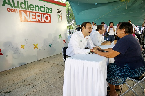 Nerio Torres in a public audience (PRI)