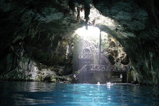 Cenote in Yucatan (Photo: Google)