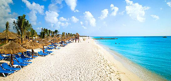 A beach on Cozumel, one of the Riviera Maya's main attractions. (File photo)