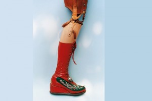 Frida Kahlo designed a prosthetic leg adorned with a boot covered in chinese embroidery and a little bell. (Photo: Ishiuchi Miyako / Michael Hoppen Gallery )