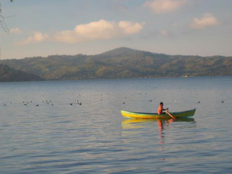 Catemaco Lake (Google)