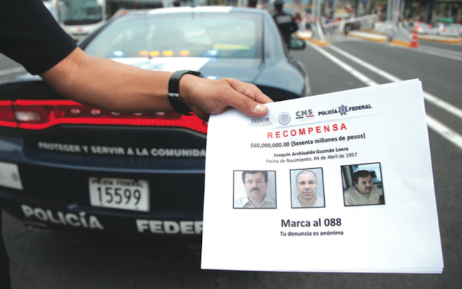"The U.S. and Mexican governments are offering rewards for ""El Chapo"" Guzmán. CUARTOSCURO/SAÚL LÓPEZ"