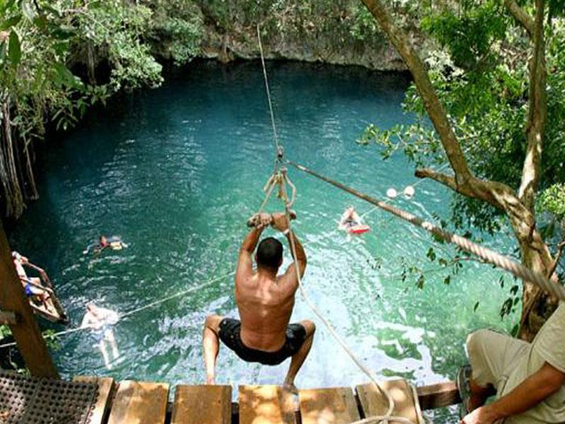 Yucatan Cenote (Photo: Google)