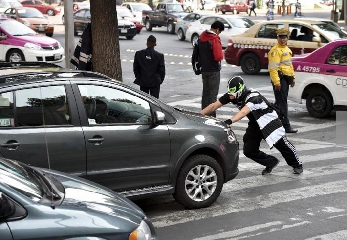 Peatonito (Photo: yahoo news)