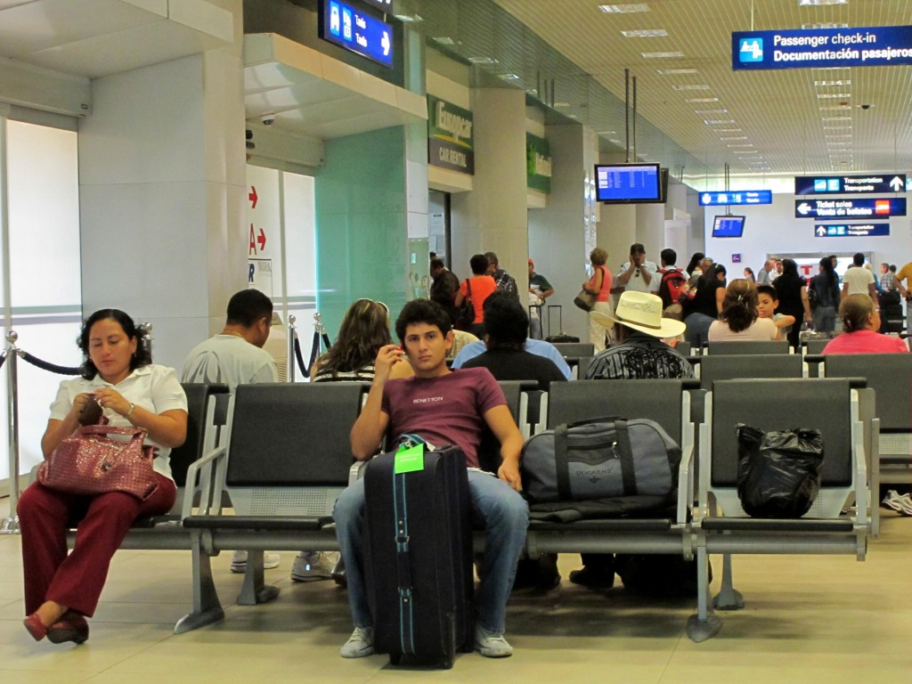The threat of a bomb activated the security protocols at the International Airport of Mérida (Photo: yucatan.com.mx)