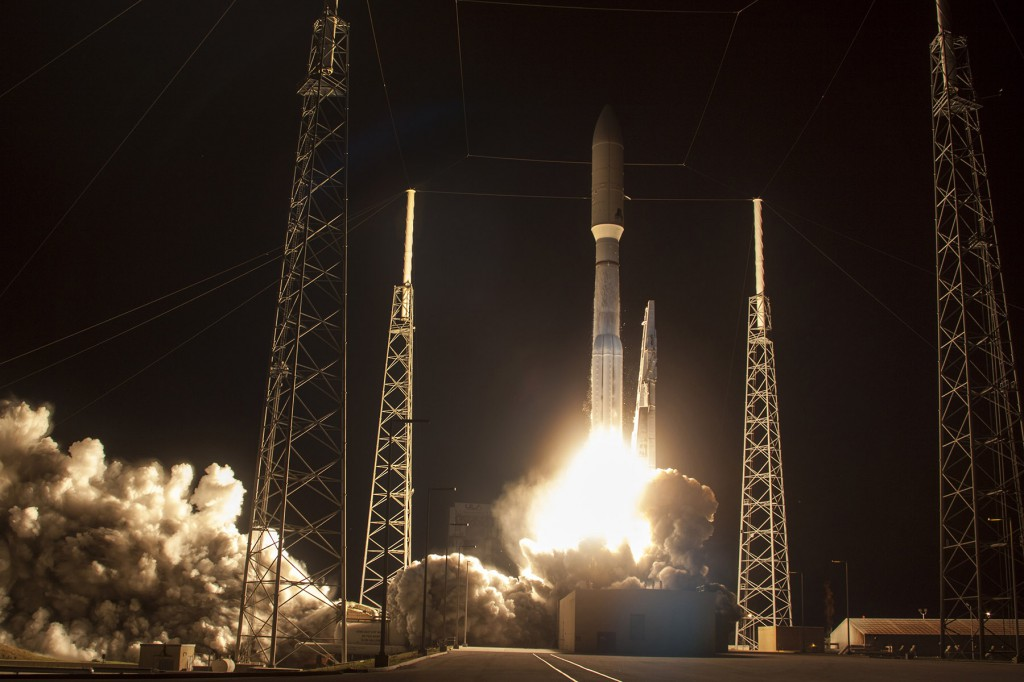 A United Launch Alliance Atlas V rocket carrying the third Mobile User Objective System satellite for the U.S. Navy lifts off from Cape Canaveral Air Force Station, January 20, 2015 U.S. Navy (Photo: Reuters)