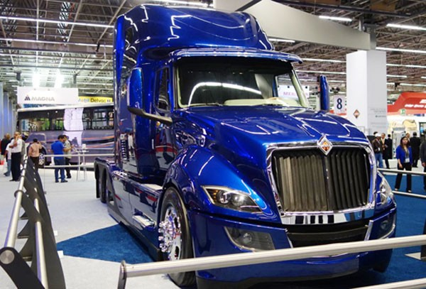 Heavy truck and bus exports soar in 2015 Mexico now a close second behind Germany in tractor-truck production (Photo: Mexico News Daily)