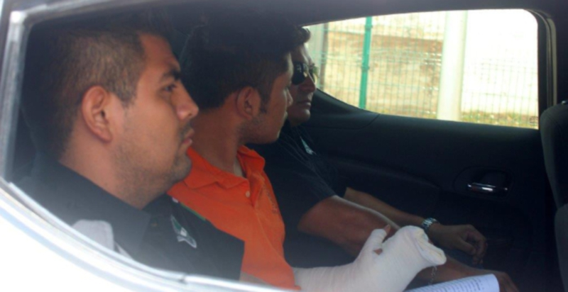 Didier Sulub Centurión after being detained by police (Photo: yucatan.com.mx)