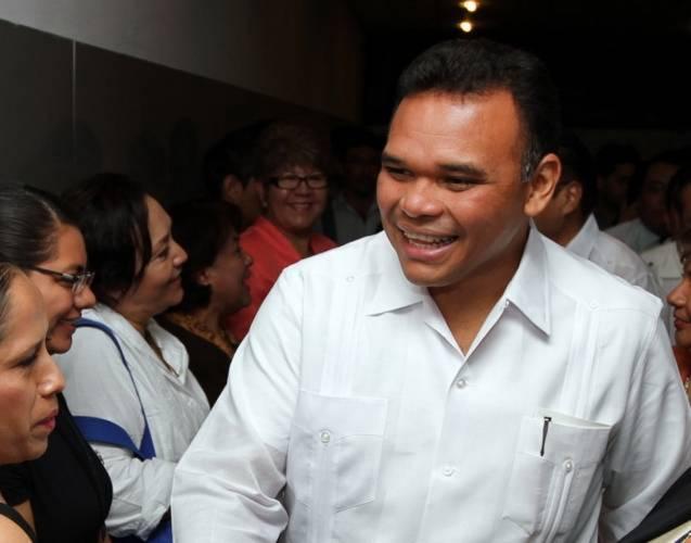Governor Rolando Zapata Bello (Photo: SIPSE)