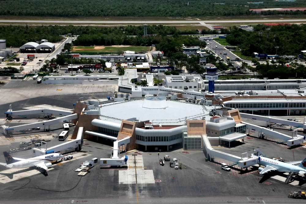 cancun_airport