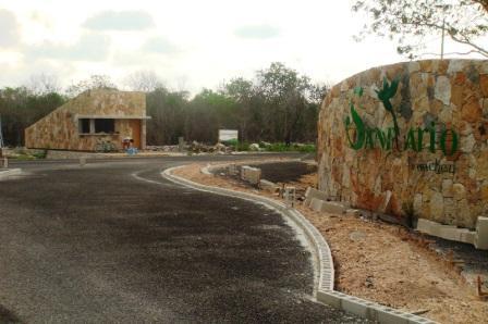"Entrance to ""El Santuario"" real estate development under construction in Komchen, Yuc. (Photo: Google)"