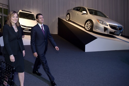 General Motors Co. Mexico, Mary Barra and President Peña Nieto  (Photo: Google)