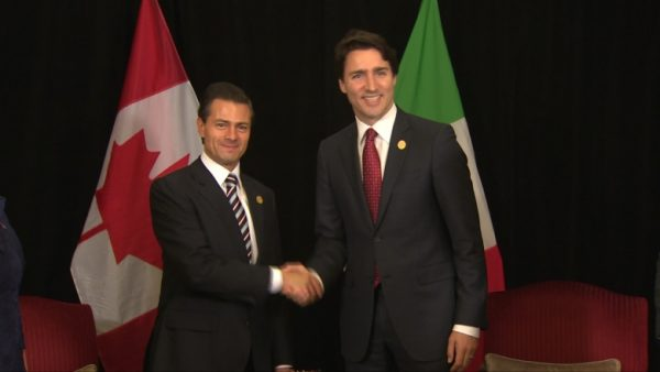 Prime Minister Justin Trudeau, right, with Mexican President Enrique Peña Nieto during a previous bilateral meeting. (Photo: CBC)