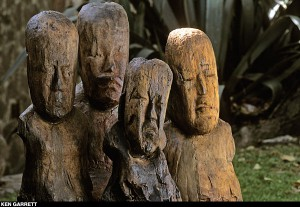 El_Manati_Wooden_Busts-by-Ken-Garrett-300x207