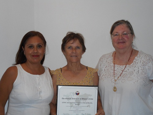 Photo: Robert Adams (left to right) IWC officers Laura Hernandez, Elizabeth Johansson de Ballate and Anne Franks.