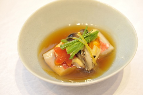 Steamed Alfonsino with Sea Urchin and Tofu in a Late Autumn Presentation (Photo:
