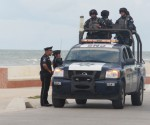 Photo: Diario de Yucatan Gendarmeria patrolling Progreso malecon.
