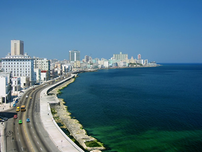 Photo: dcubanos.com Havana's famous malecon, an international tourist attraction.