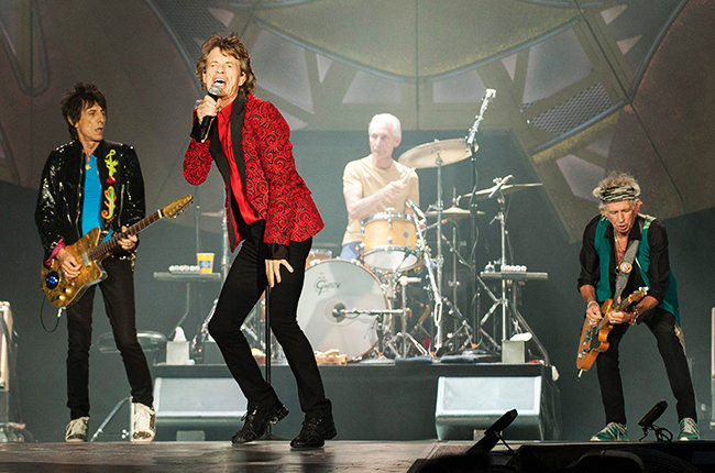 rolling-stones-perform-at-the-indianapolis-motor-speedway-on-july-4-2015-billboard-650