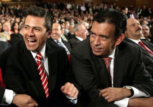 Enrique Peña Nieto and Humberto Moreira in Cohauila 2011 (Photo: Siglo de Torreón)
