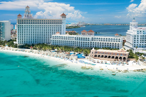 Spending New Years in Cancun is the priciest in the world, according to a survey.(Photo: hoteles-en-cancun.com.mx)
