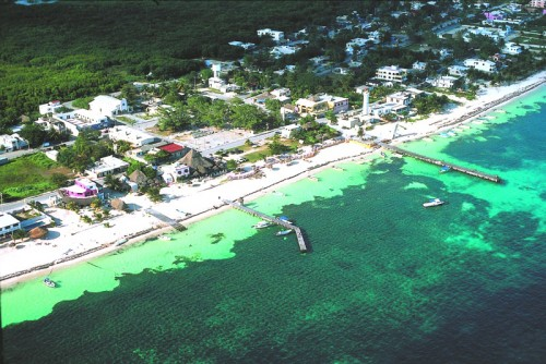 Puerto Morelos, Quintana Roo's newest municipality, is experiencing political dissension.