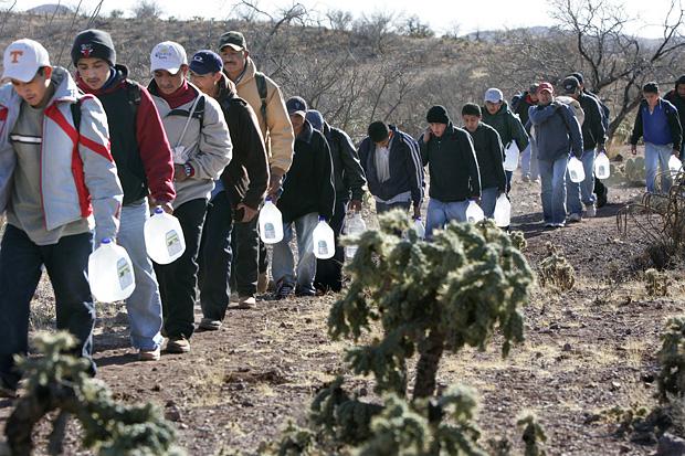 Trump hits Democrats again over migrant caravan
