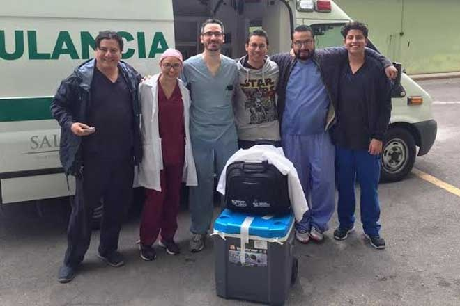 Members of the Health Minstry with organs (Photo: Sec. de Salud)