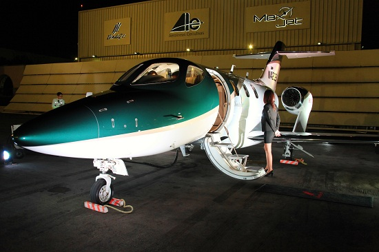 Hondajet the world's most advanced light jet makes Aero Expo debut in Toluca (Photo: businesswire.com)