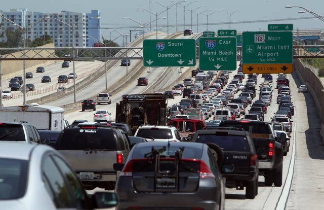 Miami gridlock. (PHOTO: miamiherald.com)