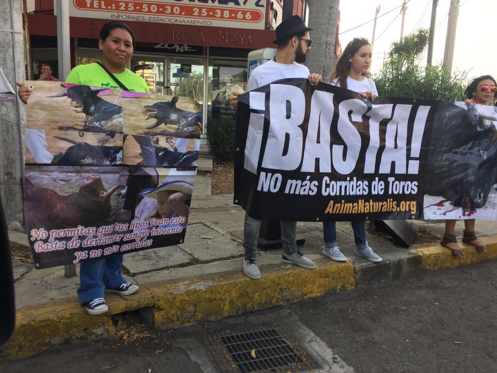 protest_bullfighting_2