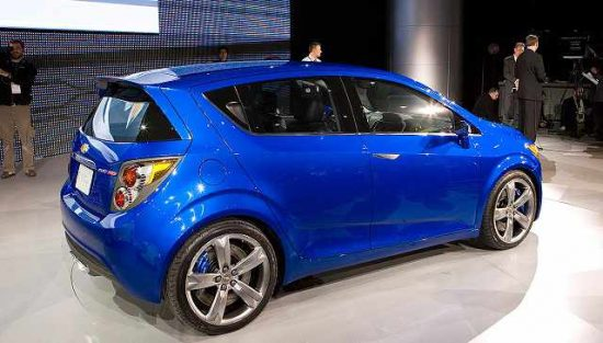 Chevrolet's Aveo, the best selling car in Mexico currently, has been criticized for lacking airbags. (PHOTO: chevrolet2016.com)