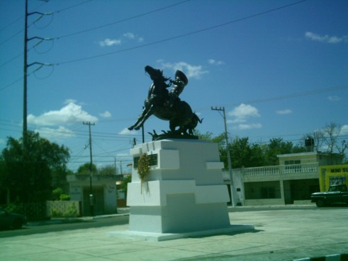 Pedro Infante is remembered with a statue in Merida, where he died in a plane crash 59 years ago. (PHOTO: